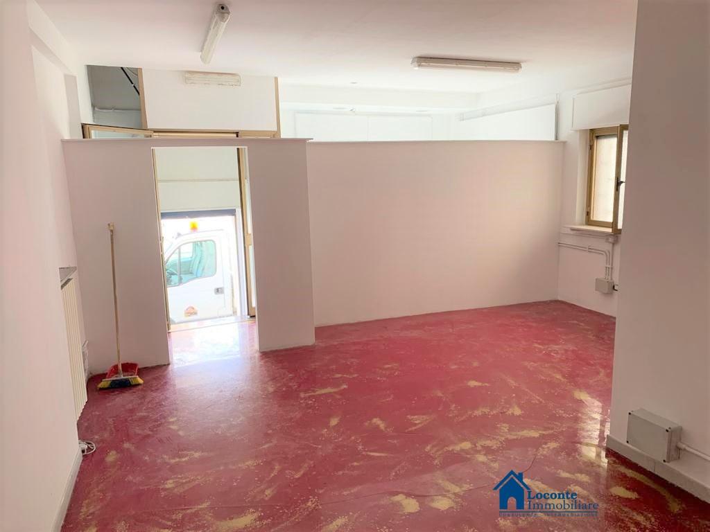 Locale Commerciale Capurso BA1129002